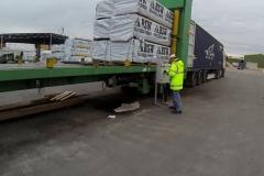 zagruzchik treylerov i konteynerov (2)